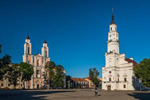 Фото Литва Каунас Церковь Башня Городская площадь Kaunas Town Hall, Jesuit Church