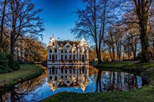 Фото Нидерланды Парки Пруд Замки Деревья Отражении Landgoed Staverden Природа