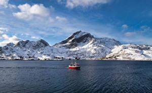 Фото Норвегия Гора Лофотенские острова Катера Sund Природа