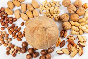 Обои для рабочего стола Орехи Грецкий орех Лесной орех Дыни Кокосы Продукты питания