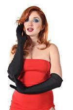 Картинки Red Fox Michelle H Белом фоне Белый фон Косметика на лице Смотрят Платья Платье Руки Молодые женщины Девушки