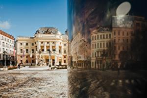 Фотографии Словакия Отражение Городской площади Уличные фонари National Theatre Slovakia, Bratislava Города