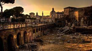 Картинки Рассвет и закат Рим Италия Развалины Уличные фонари город