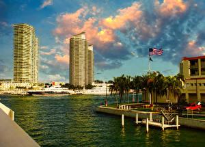 Фотографии США Дома Пирсы Майами Залив Города