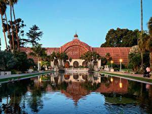 Фото США Парки Здания Пруд Сан-Диего Калифорнии Уличные фонари Пальма Balboa Park Природа