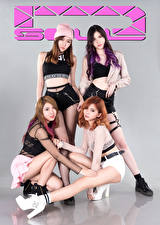 Фото Азиаты Позирует Четыре 4 Взгляд D' Soul Девушки