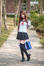 Обои Азиатки Школьницы Униформе Позирует Смотрит молодые женщины