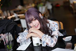 Фотография Азиаты Улыбка Миленькие Взгляд молодые женщины