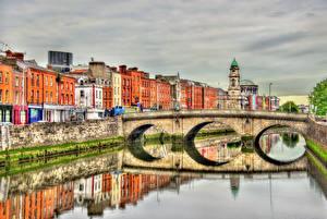 Обои Дублин Ирландия Здания Мост Реки Отражение HDR Liffey river, Province Leinster Города