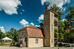 Фотографии Финляндия Башня Облака Fiskars, Old Fire Station