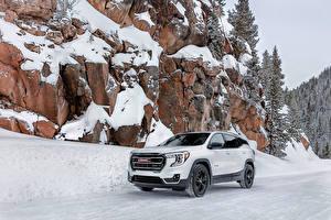 Фотография Дженерал моторс CUV Белые Металлик Снеге Скалы Terrain AT4, 2021 машина