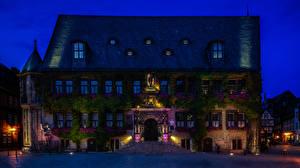 Фото Германия Дома Улице Лестницы Ночные Уличные фонари Лучи света Quedlinburg город