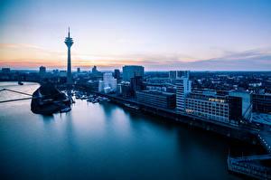 Картинки Германия Рассвет и закат Речка Башня Горизонта Rheinturm, Rhine, Dusseldorf, Rhenish-Ruhr region, North Rhine-Westphalia Города