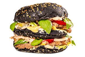Обои Гамбургер Булочки Овощи Мясные продукты Вблизи Белым фоном Черная Продукты питания