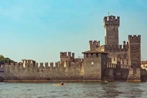 Фото Италия Озеро Замки Sirmione, Lombardy, Brescia, Lake Garda Города