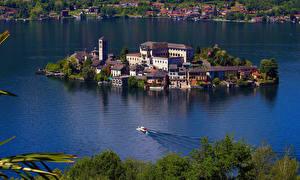 Фото Италия Озеро Остров Здания Lago D'Orta