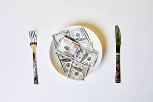 Картинки Ножик Деньги Доллары Купюры Серый фон Тарелке Вилка столовая