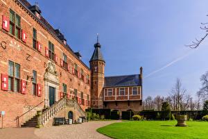 Обои Голландия Замки Башни Газоне Huis Bergh castle, Bergh Города
