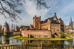Фото Нидерланды Замки Башня Водный канал Huis Bergh castle, Bergh