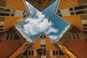 Фото Голландия Роттердам Дома Облако Cube Houses