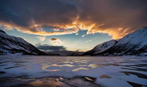 Фотографии Норвегия Гора Облака Finnmark, fjord Природа