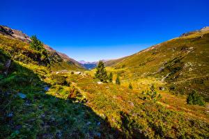 Фотография Швейцария Гора Небо Луга Альпы Долина Graubünden Природа