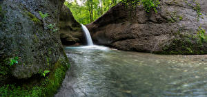 Обои Швейцария Водопады Скалы Unterer Giessen Waterfall Природа