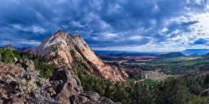 Картинки Америка Парк Пейзаж Зайон национальнай парк Горы Скале Облачно Природа