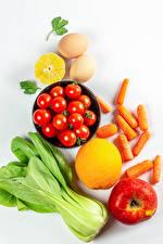 Картинка Овощи Морковь Помидоры Яблоки Лимоны Белом фоне Яйца Продукты питания