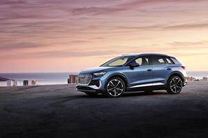 Обои для рабочего стола Audi CUV Металлик Сбоку Q4 50 e-tron S line, Worldwide, 2021 авто
