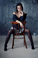 Фотография Evgeniy Bulatov Стул Сидит Ног Юбки Рука Блузка Взгляд Nastya Девушки