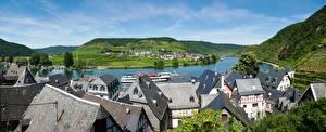Картинки Германия Дома Панорамная Крыша Холмов Beilstein, Cochem-Zell, Rhineland-Palatinate город