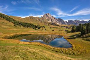 Картинки Италия Горы Озеро Пейзаж Альп South Tyrol, Dolomites Природа