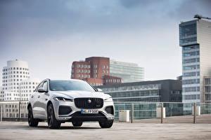 Обои для рабочего стола Jaguar Дома Серебряный Металлик F-Pace P400e R-Dynamic AWD, Worldwide, 2020 -- автомобиль