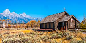 Картинки Штаты Парк Осенние Гора Церковь Деревянный Креста Wyoming, Grand Tetons National Park
