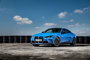 Обои для рабочего стола BMW Голубых Металлик Купе M4 Competition xDrive, Worldwide, (G82), 2021 Автомобили