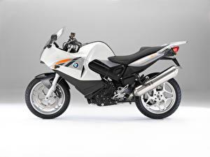 Фотография BMW - Мотоциклы Серебристый Сбоку F 800 ST (K71), 2004–12 Мотоциклы
