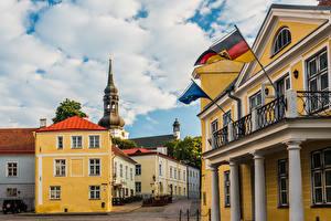 Обои Эстония Таллин Здания Церковь Облачно Флага Toomkirik Города