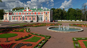 Фото Эстония Таллин Здания Фонтаны Ландшафтный дизайн Музей Kadriorg Art Museum