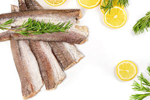 Обои Рыба Лимоны Овощи Белый фон Еда