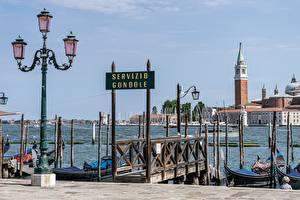 Фото Италия Пристань Уличные фонари Башни Венеция Города