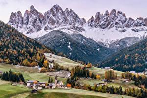 Фотографии Италия Гора Церковь Деревьев Dolomites, South Tyrol Природа