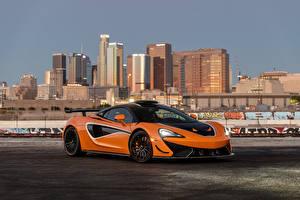 Картинка Макларен Оранжевые Металлик 620R, 2021 автомобиль
