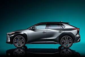 Фотографии Toyota Сбоку Кроссовер Серые Металлик bZ4X Concept, 2021 авто