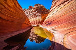 Картинки США Воде Каньоны Отражение Утес Marble Canyon, Arizona Природа