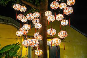 Обои для рабочего стола Вьетнам Парки Много Ствол дерева Фонари Hoi An Природа