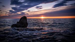 Картинки Хорватия Море Рассветы и закаты Istria Природа