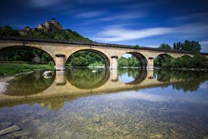 Картинка Франция Мосты Замки Река Крепость Отражение Chateau de Castelnaud Города