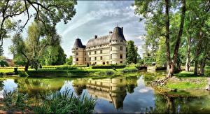 Картинка Франция Замки Пруд Деревьев Chateau de l'Islette город