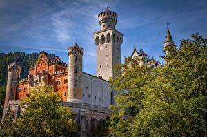Фотографии Германия Замки Нойшванштайн Бавария Башня город